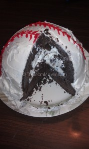 Easy Recipes-How to Make a Baseball Cake