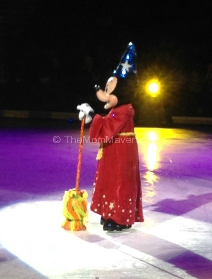 Disney on Ice Sorcerer Mickey