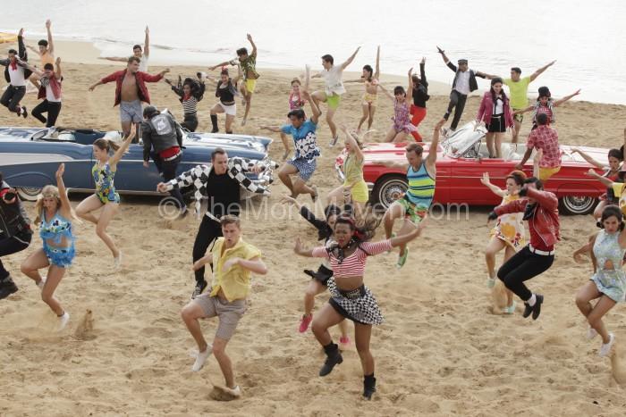 Teen Beach 2 dance scene