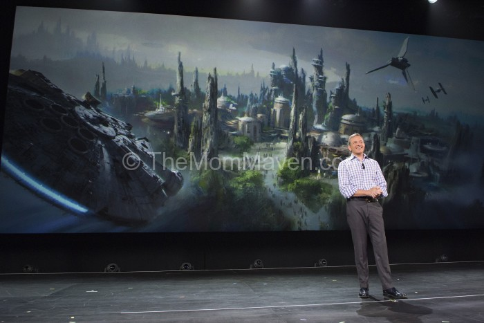 Bob Iger Announces Star Wars-Themed Lands Coming to Disney Parks