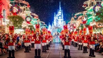 Christmas Festivities at the Magic Kingdom