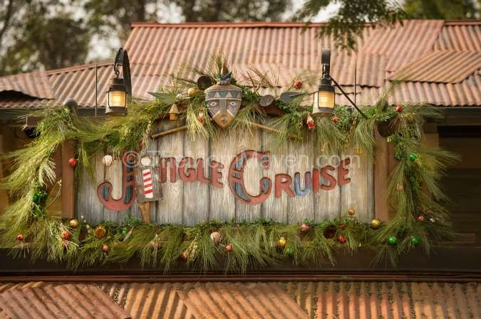 Jungle Cruise goes Jingle Cruise