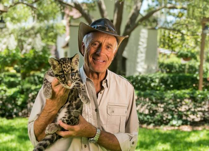"Join ""Jungle Jack"" Hanna at Busch Gardens Tampa Bay for one-of-a-kind shows, autograph signings, special meet-and-greets, and more!"