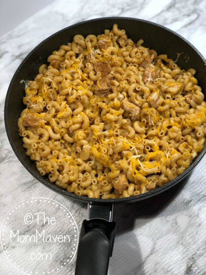Here's another easy weeknight one pan meal! Try this Cajun Chicken Mac & Cheese Skillet tonight!
