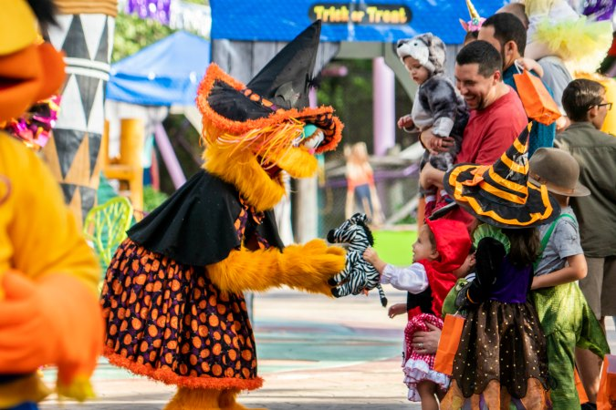 Busch Gardens® Tampa Bay eagerly welcomes back Sesame Street Kids' Weekends this year with Halloween fun every Saturday and Sunday in October.