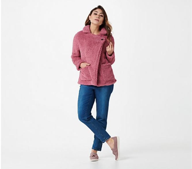 Holiday shopping is my favorite type of shopping. One thing I'm doing more of this year is choosing to Shop QVC for the Holidays. Cuddl Duds Jacket