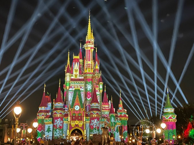 There is still time to plan your magical visit to enjoy all of the Magic Kingdom holiday fun and food this year.